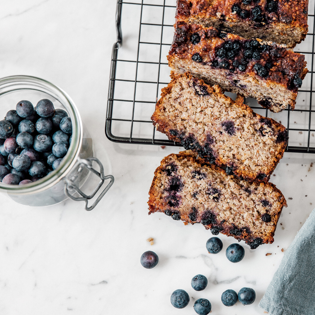 Blueberry Loaf Cake - LoLa´s Kitchen