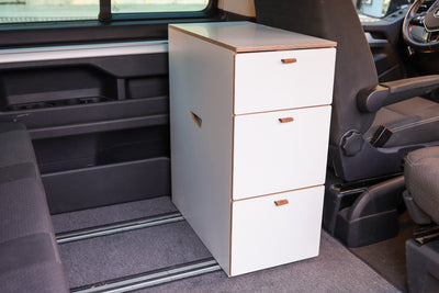 SINGLEBLOCK - The kitchen block behind the driver's seat