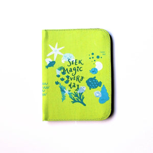 Seek Magic Everyday Passport Cover