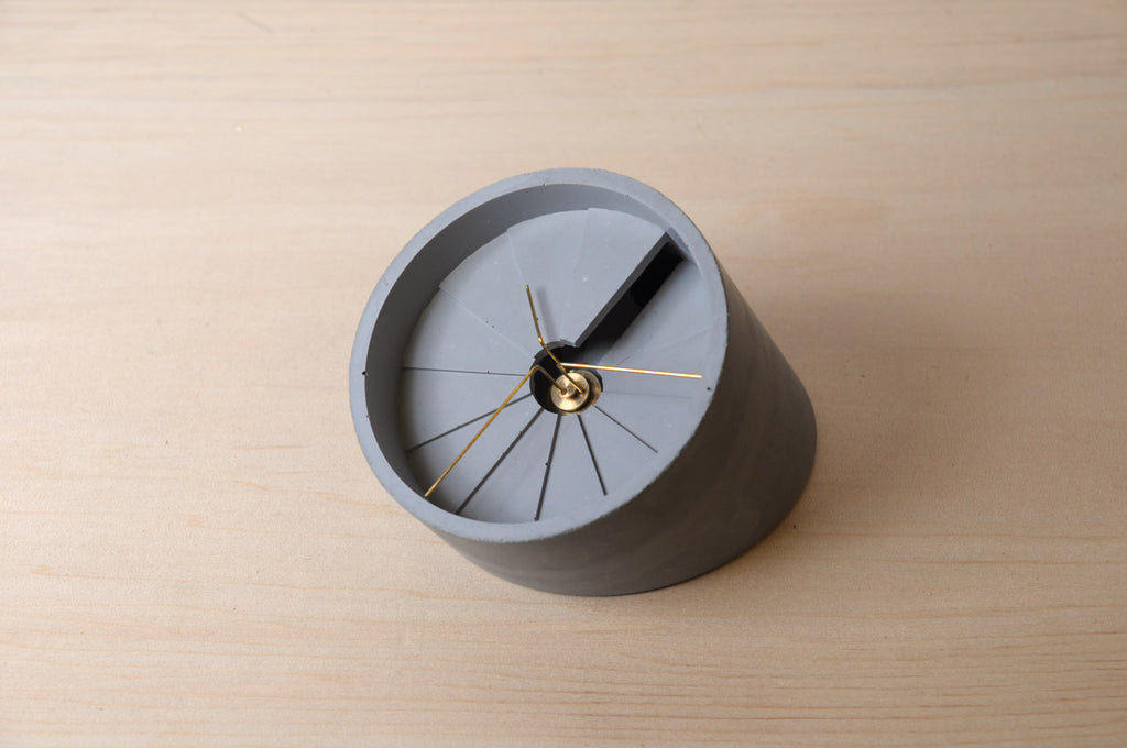 Concrete Table Clock