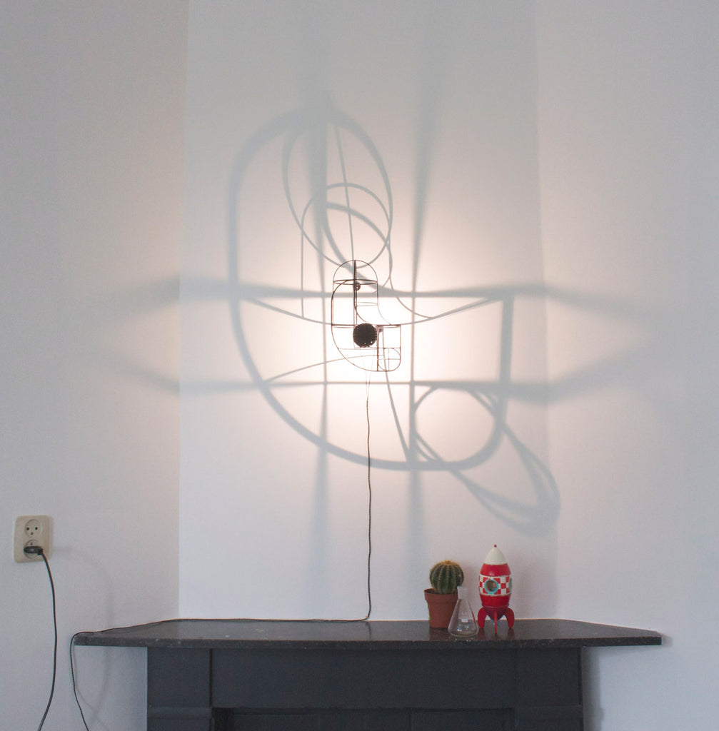 BW Wall Lamp