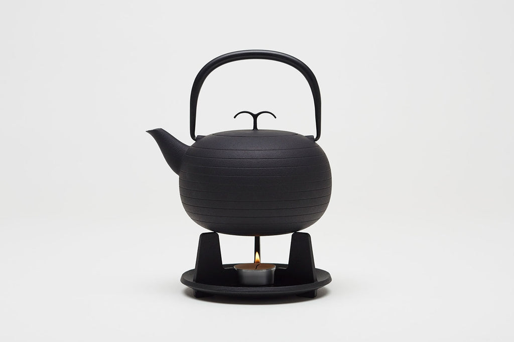 Palma Cast Iron Teapot