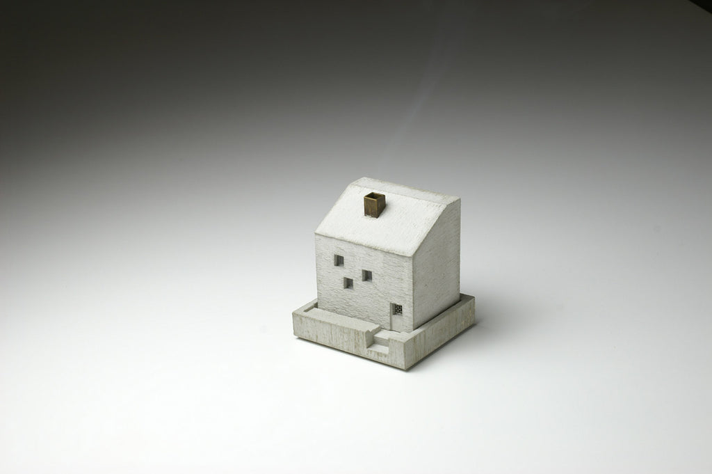 Cottage Incense Pot
