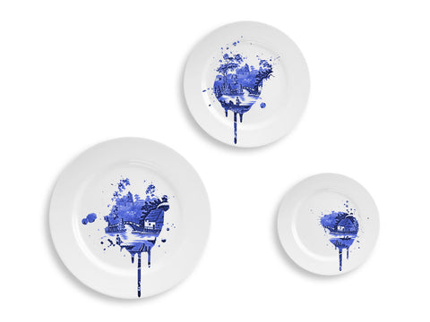 Undercover Antiques Plate Set