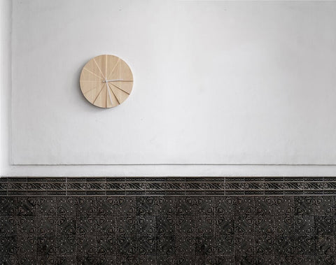 Scope 40 Wall Clock