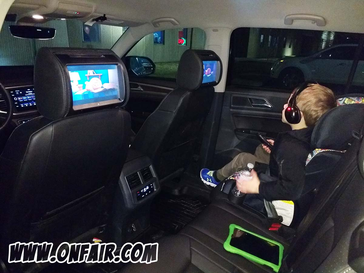 2018 volkswagen atlas headrest dvd player monitor review
