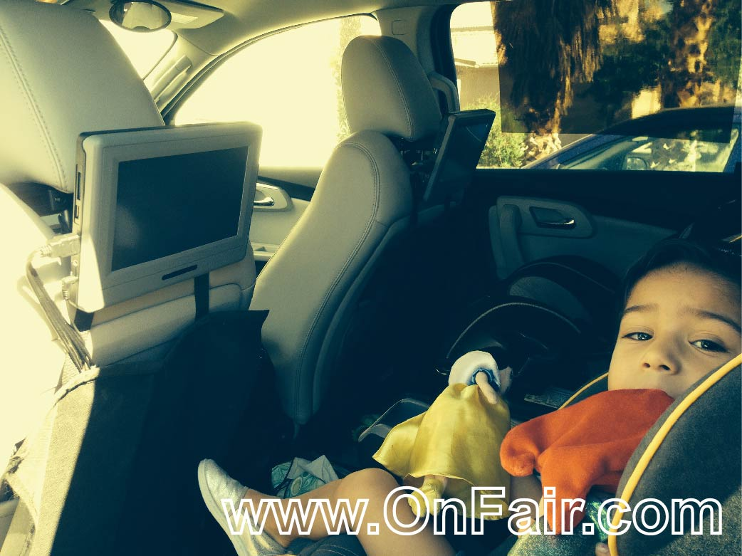 2012 Chevy Traverse Car Headrest DVD Player Review