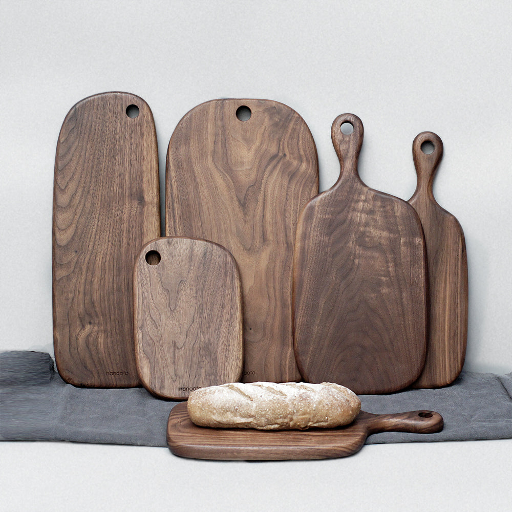 Black Walnut Whole Wooden Breadboard, Chopping Board, Pizza Plate