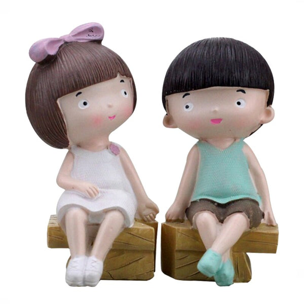 Creative Boy Girl Couple Resin Crafts  Decor Ornaments  Doll Cute Resin Couple Figurines Miniature Home Decoration