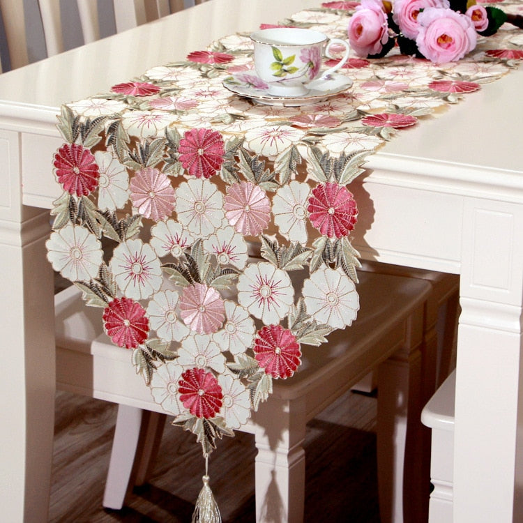 40*210 CM  Elegant Embroidered Pastoral Style Waterproof Oil Tricolor Embroidered Tablecloths