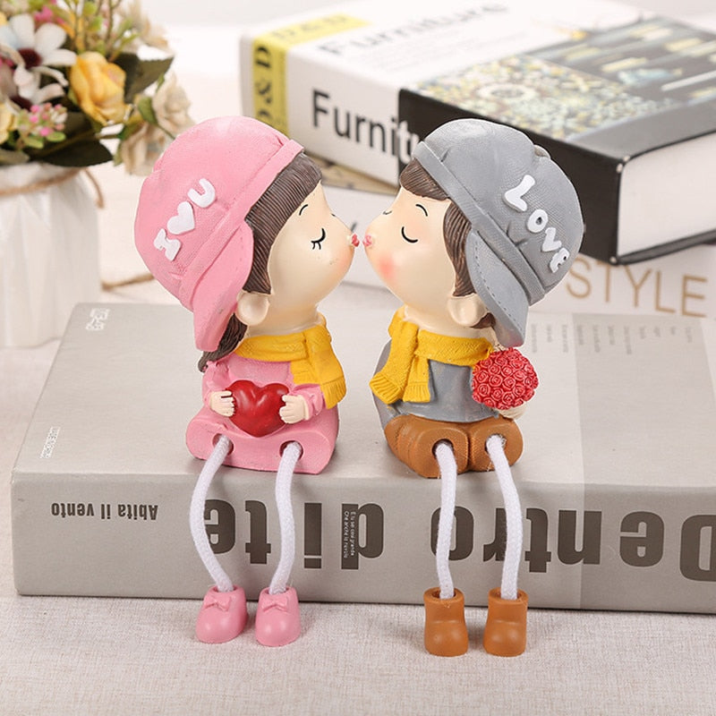 Hanging Foot Doll Cute Couple Kiss Resin Cartoon Doll Ornaments Modern Home Decoration