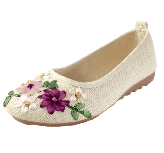 Vintage Floral Embroidered Flats - Girly Got Style