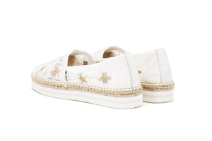 Classic slip-on espadrille with woven jute at sole and toe