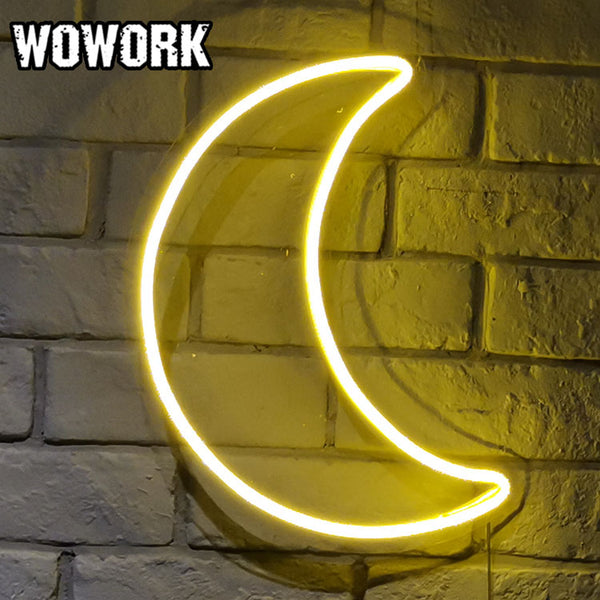 Crescent Neon Light - MINIMALCOVE™