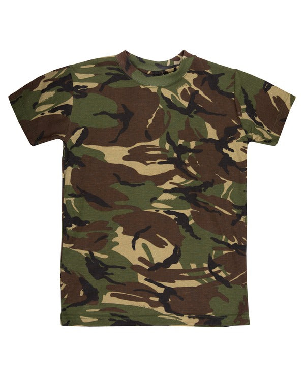 British camo t-shirt. Horizontal dispersal. black, light brown,dark brown and dark green colours