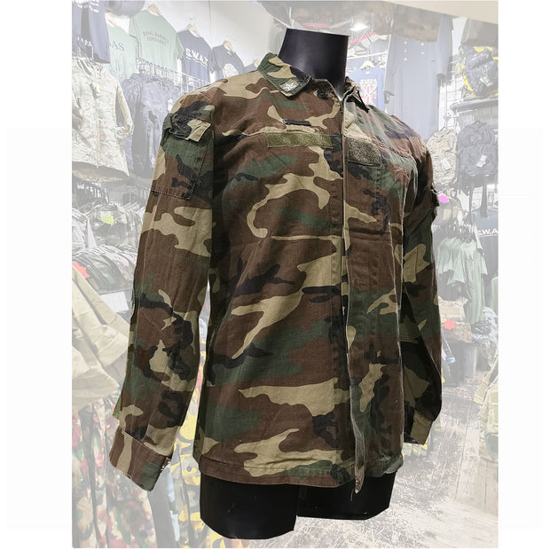 Italian Army camo field jacket  Clothing Sourced by Back Alley - The Back Alley Army Store