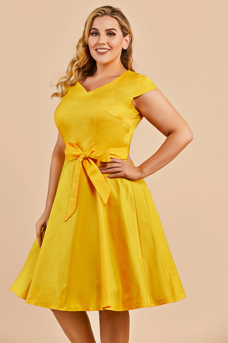 Load image into Gallery viewer, Plus Size Yellow Vintage 1950s Dress