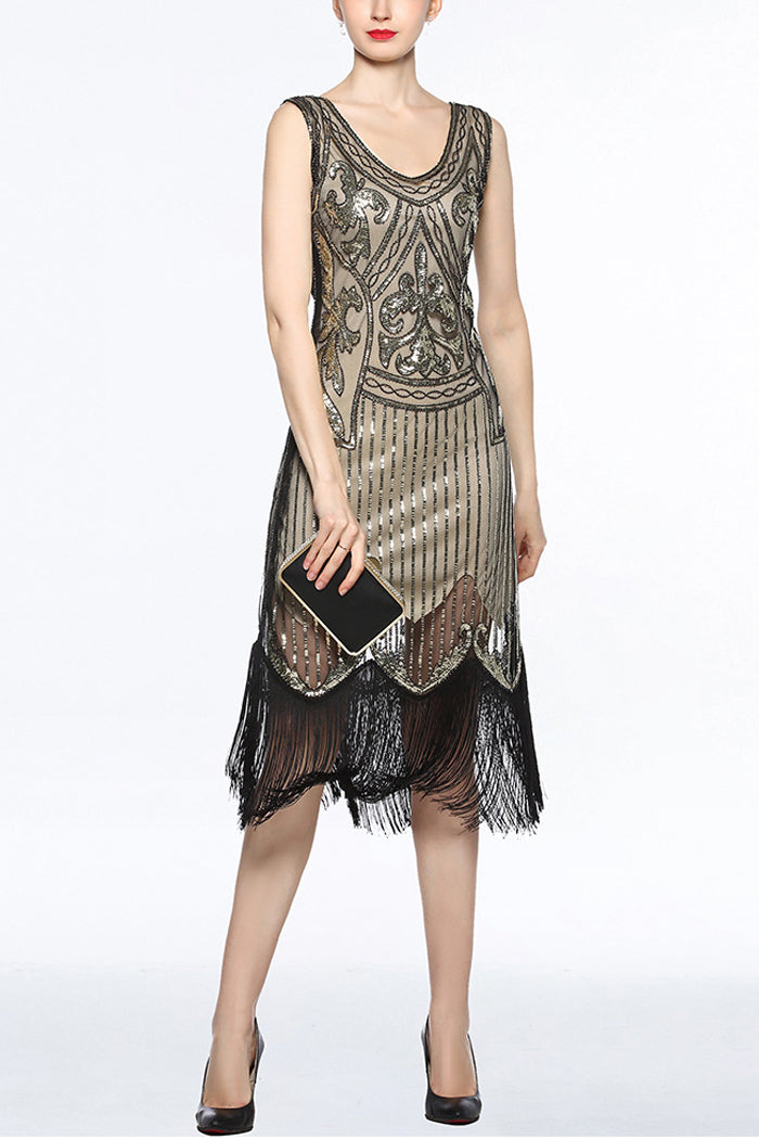 lady wearing gold and black 20s dress