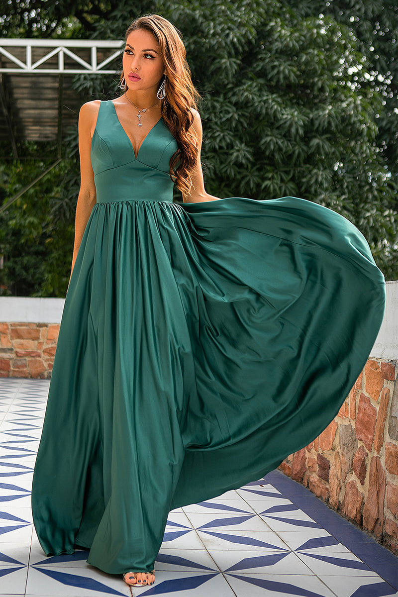 Load image into Gallery viewer, Green Deep V Neck Long Bridesmaid Dress