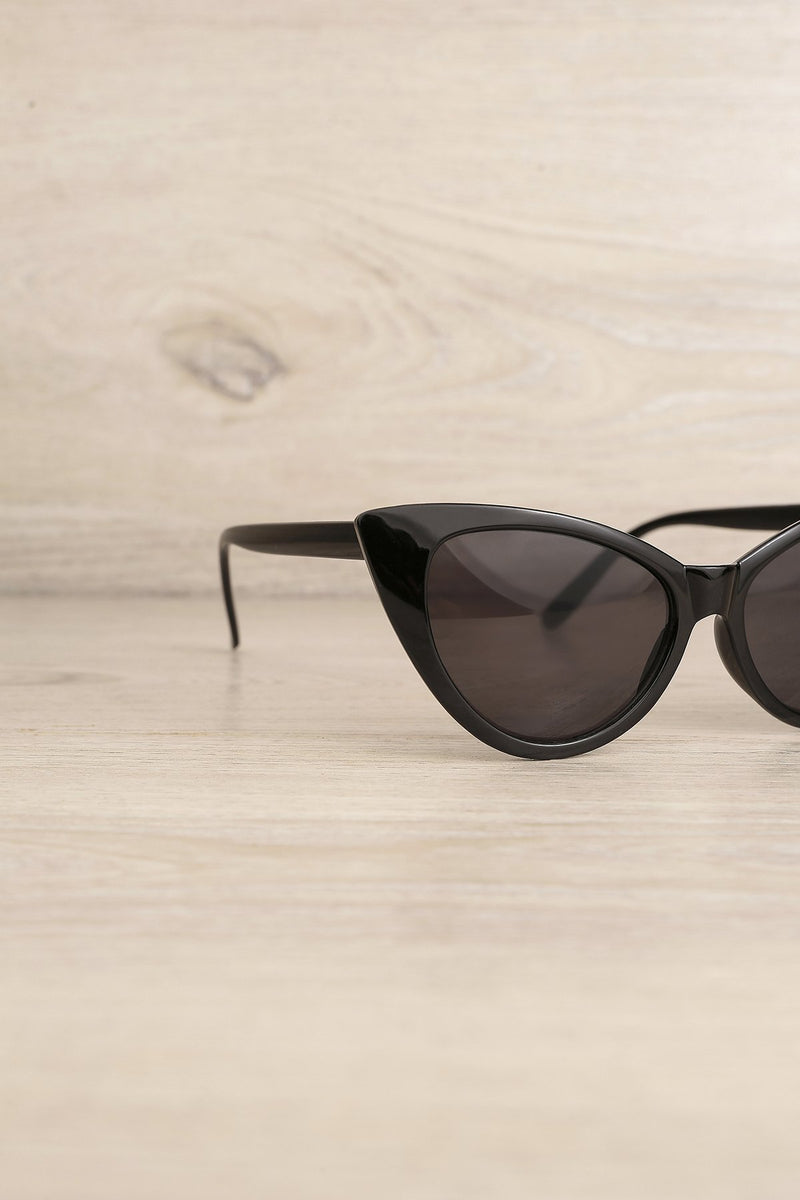 Load image into Gallery viewer, Black Cat Eye Sunglasses - ZAPAKA