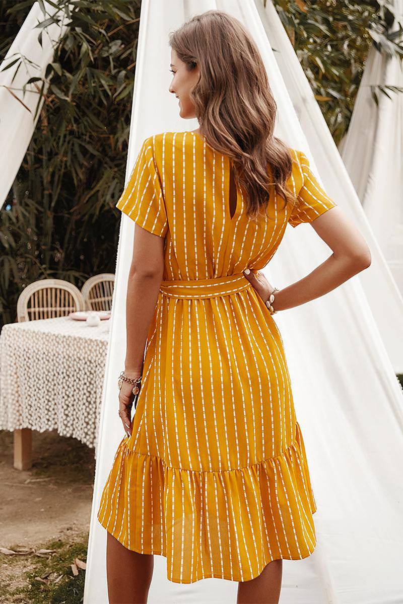 Load image into Gallery viewer, Yellow Striped Midi Casual Dress