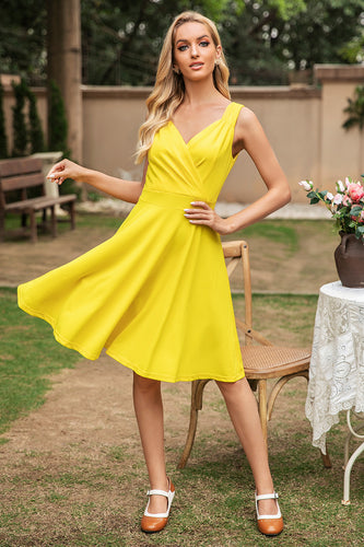 Yellow V Neck Sleeveless 1950s Dress