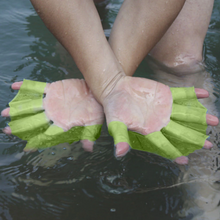 Load image into Gallery viewer, Webbed Swimming Gloves