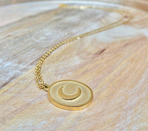 accessari, 18k necklace, muslim jewelry, moon pendant, crescent moon necklace, crescent moon, crescent pendant, gold necklace