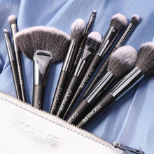 Load image into Gallery viewer, 10 Pcs Brushes | Focallure Makeup Brushes | Klex Beauty