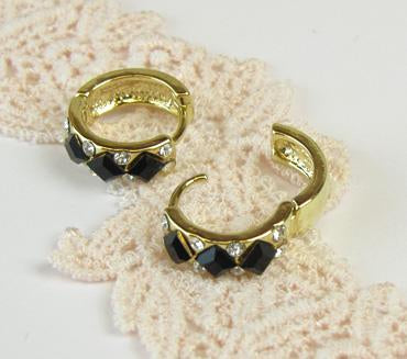 Black Stone Huggie Earrings - Osewaya