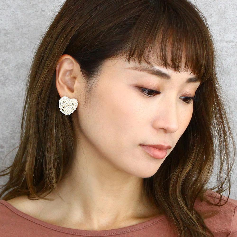 Beaded Heart Ear Studs - Osewaya