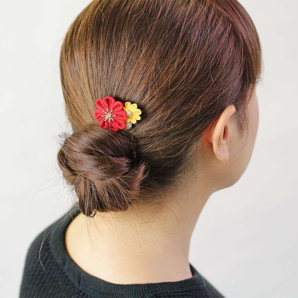 Japan Art Fabric Flower U-shaped Hairpin - Osewaya