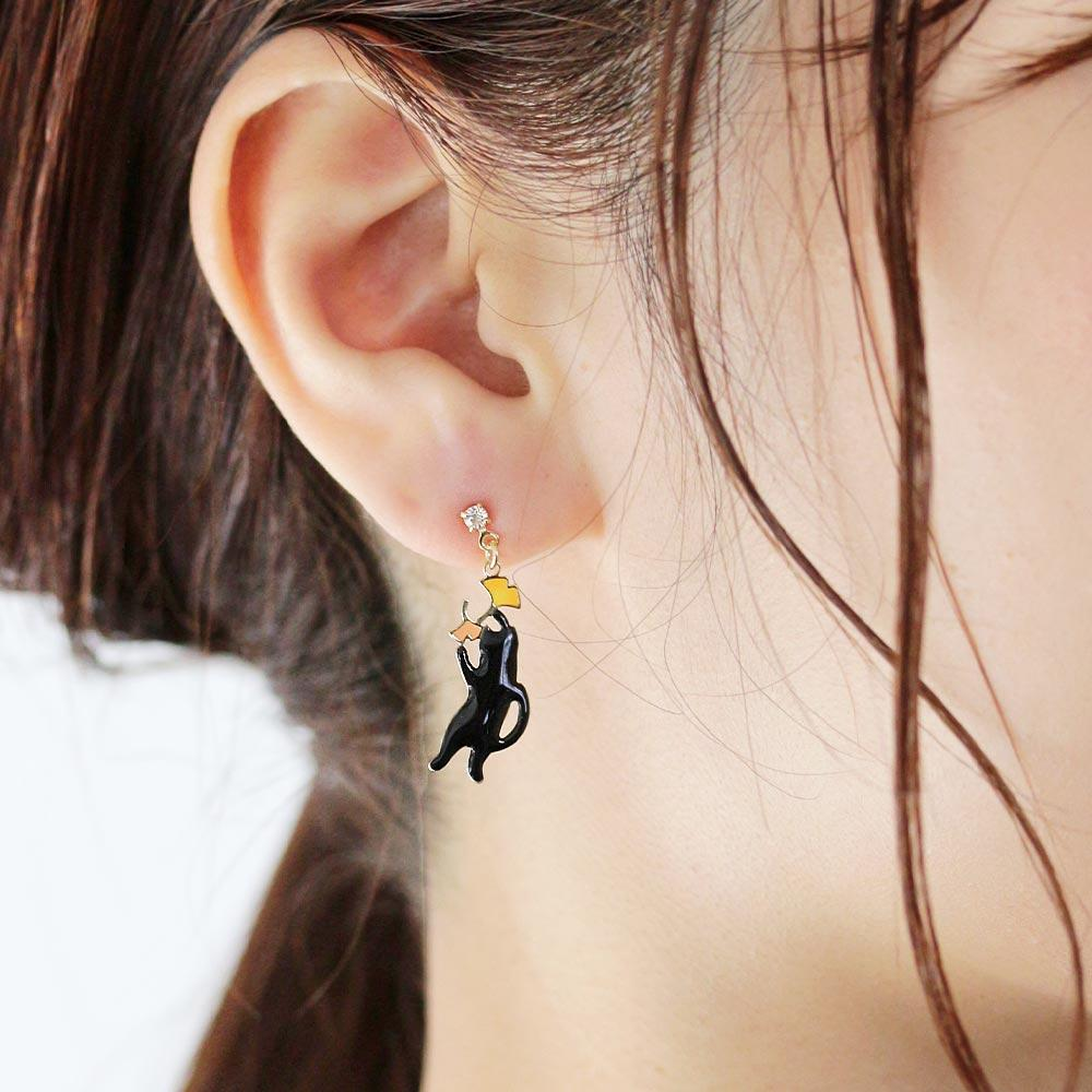 Ginkgo and Cat Earrings - Osewaya