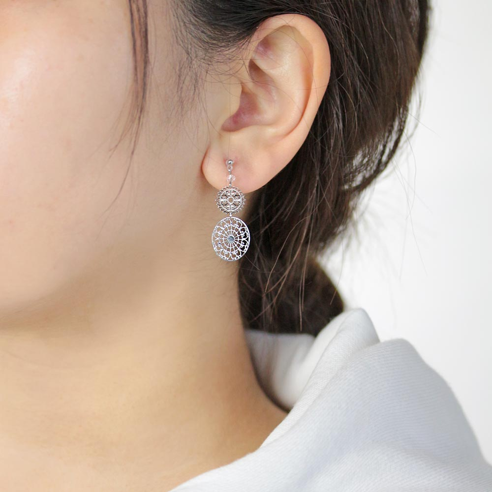 Plastic Arabesque Openwork Earrings  - Osewaya
