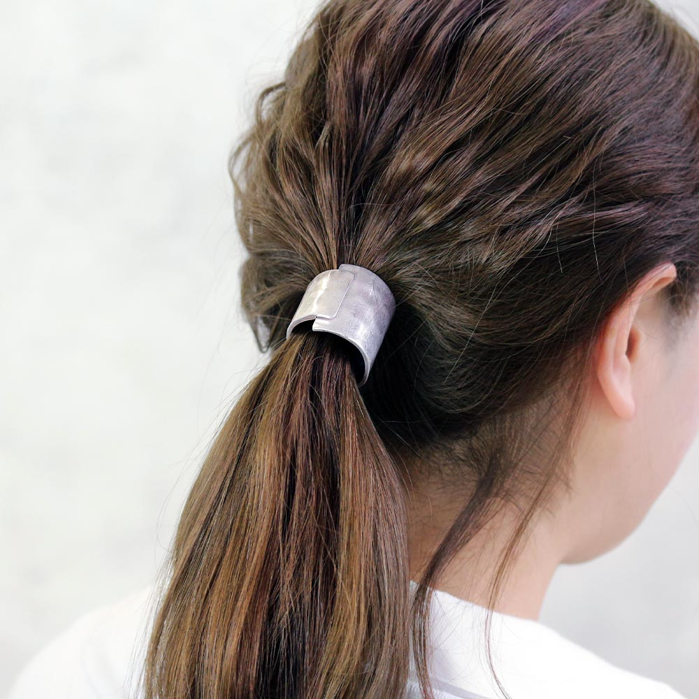 Bold Metal Ponytail Ring Holder