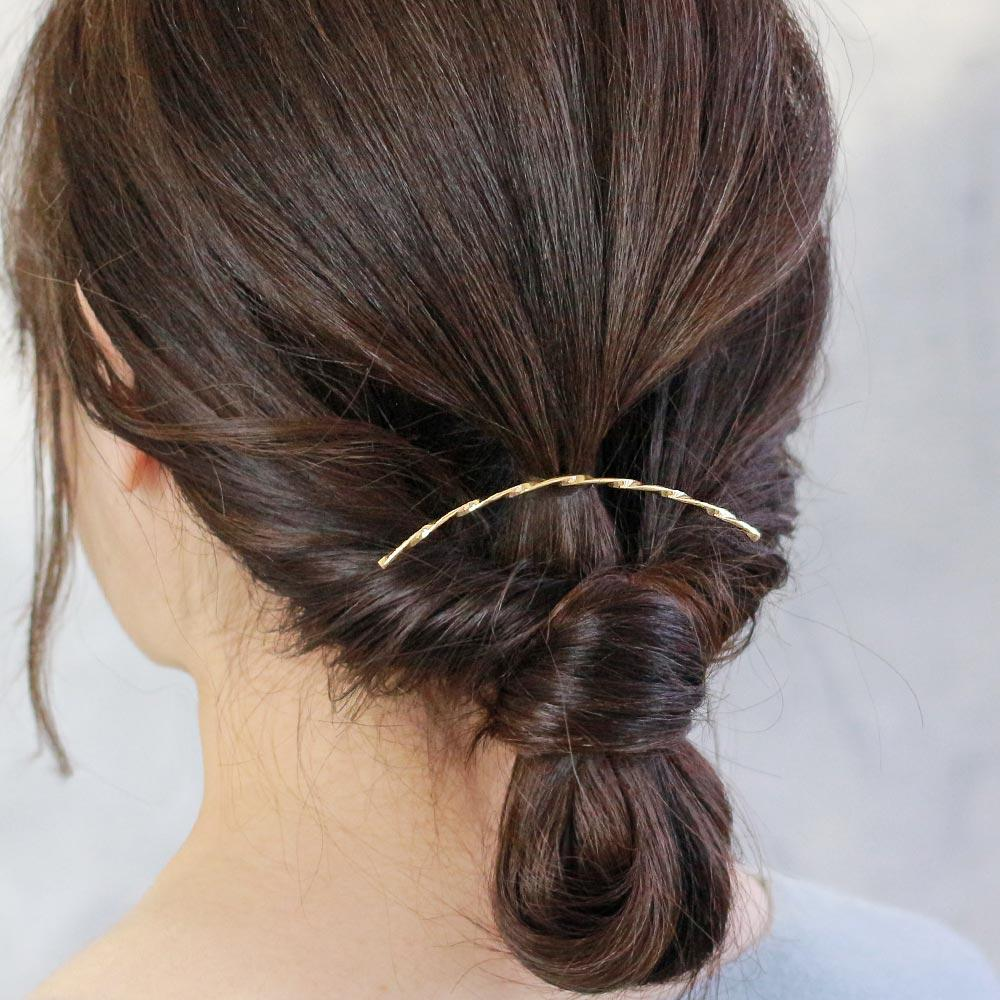 Chic Twisted Line Arch Hair Hook