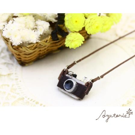 Retro Camera Necklace - Osewaya