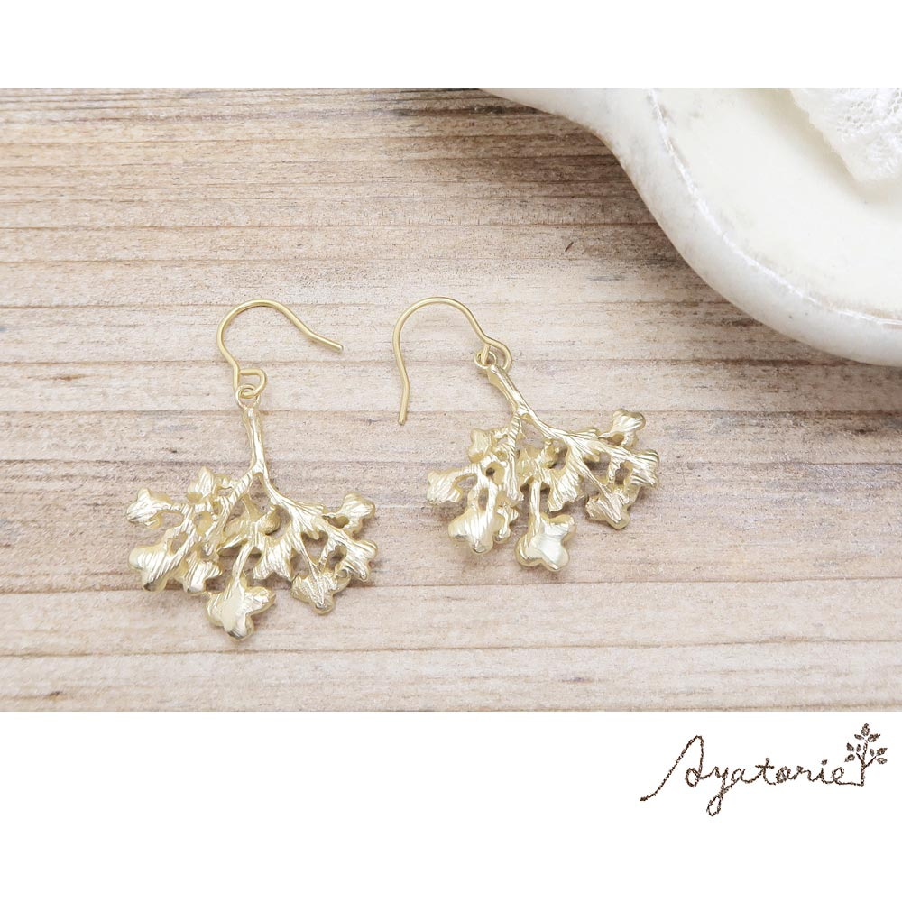 Hydrangea Branch Earrings - Osewaya