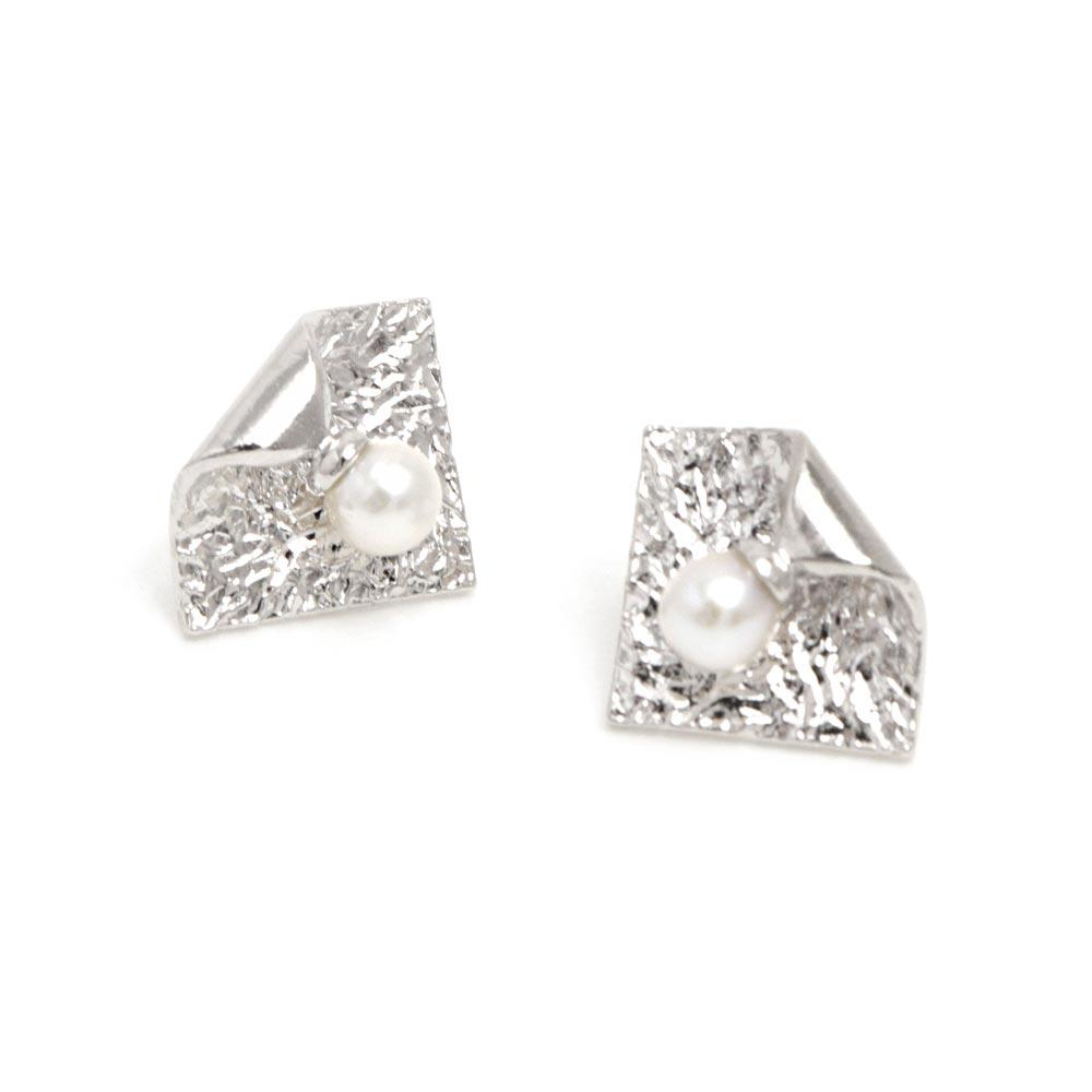 Akoya Cultured Pearl Platinum Plated Rolled Square Earrings - Osewaya