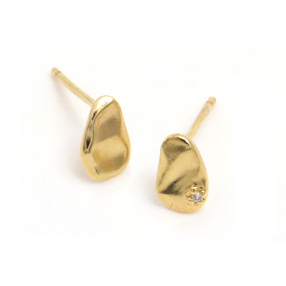 Melee Diamond Oval Plate Gold Tone 925 Silver Earrings