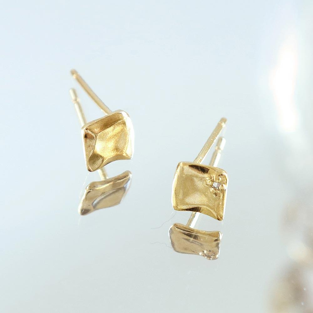 Melee Diamond Squre Plate Gold Tone 925 Silver Earrings