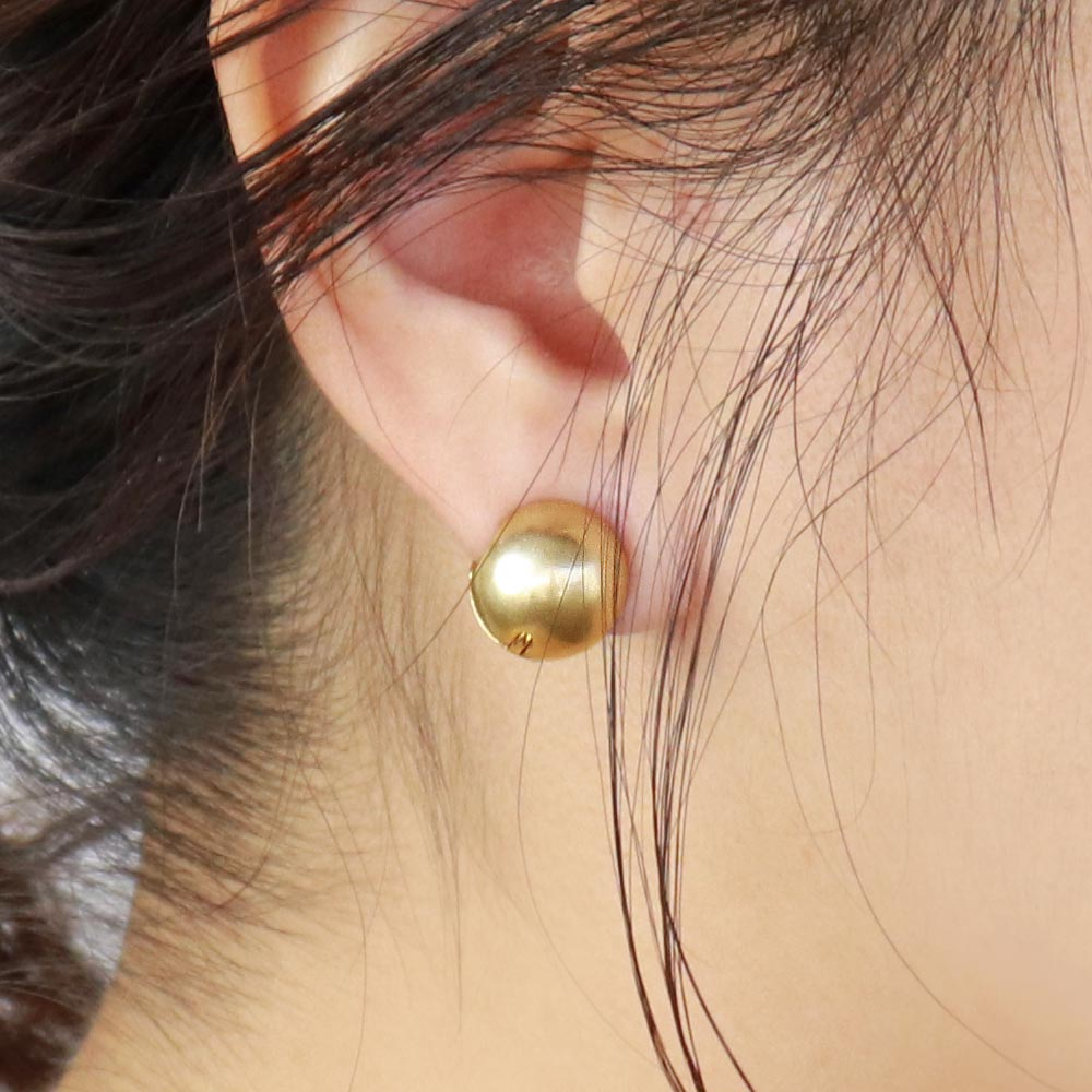 Ball Magnetic Ear Cuff