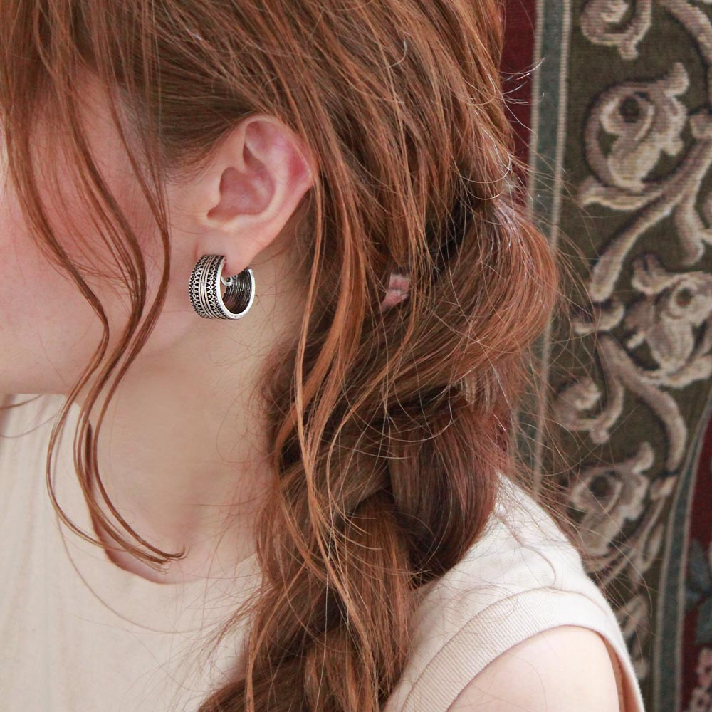 Carving Pattern Wide Hoop Sleeved Clip On Earrings