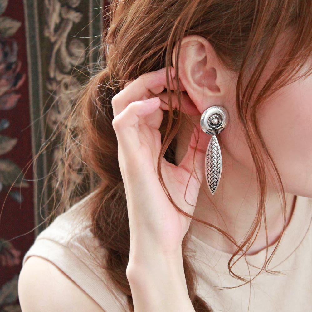 Mesh Swing Sleeved Clip On Earrings