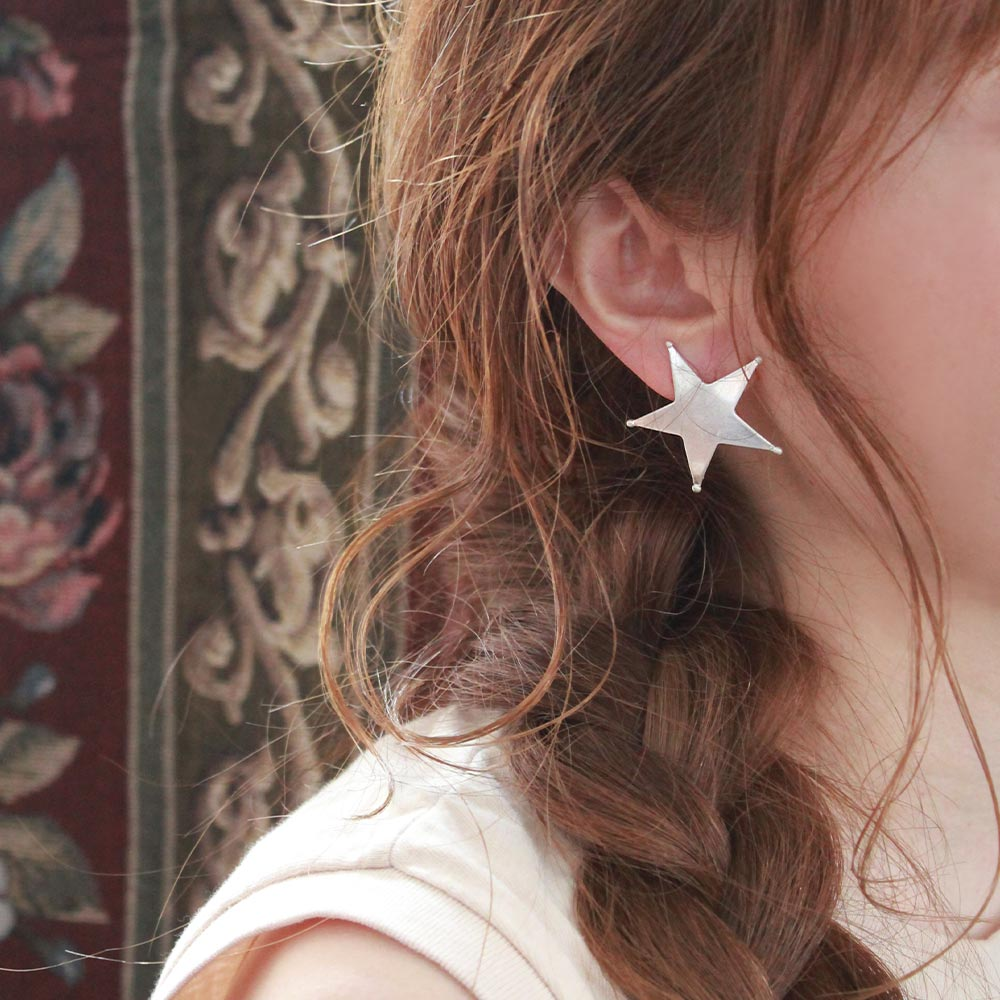 Star Sleeved Clip On Earrings