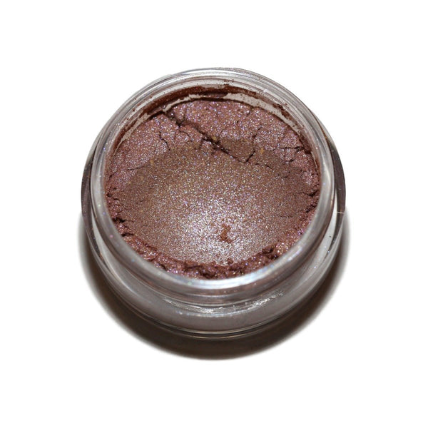 Our Mineral Powder Eye Shadow is Packed With Color and Provides Skin-Nourishing Benefits