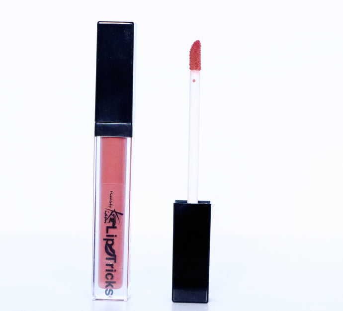 LipTricks Liquid Lipstick : Club House Access