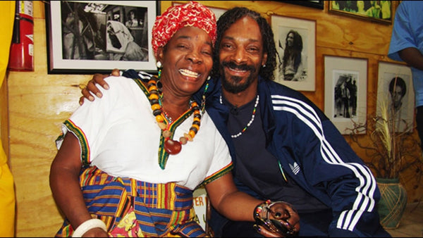 rita marley snoop dog portrait