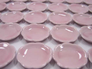 30 Pink Scallop Plates Dish Dollhouse Miniatures Kitchenware Ceramic 2.5cm 2258