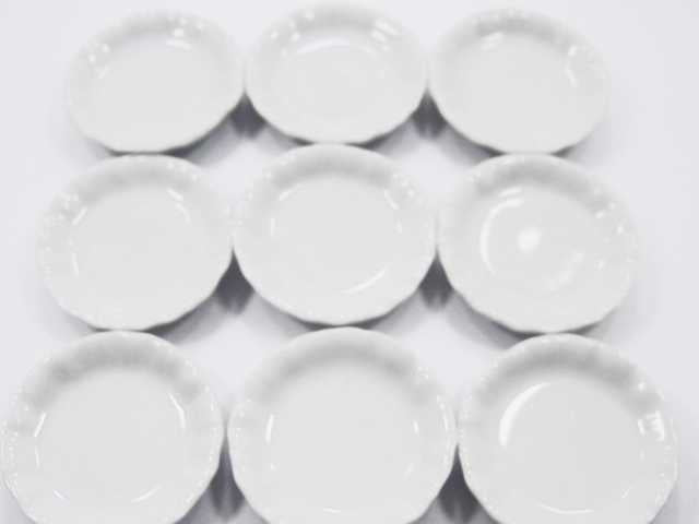 Dollhouse Miniature Dining Kitchenware Ceramic 9 White Round Plate Dish 4cm 2265